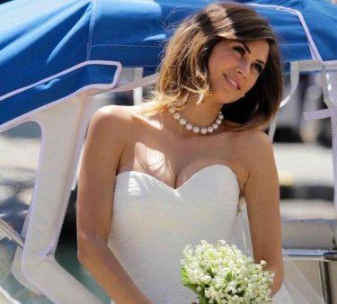 Melissa-Satta-sposa-a-Portofino-per-la-collezione-abiti-da-sposa-Nicole-Spose